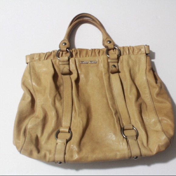 4b9246df864e Miu Miu Vitello lux leather gathered tote bag. M 5bc99b09bb76155b8d7d4c1f
